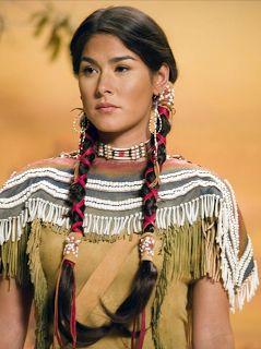 a7b5b48b81485f88f1aeb5e7a4a32c19--native-american-costumes-native-american-women